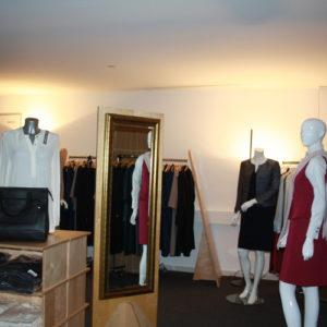 showroom-b.dress-qs